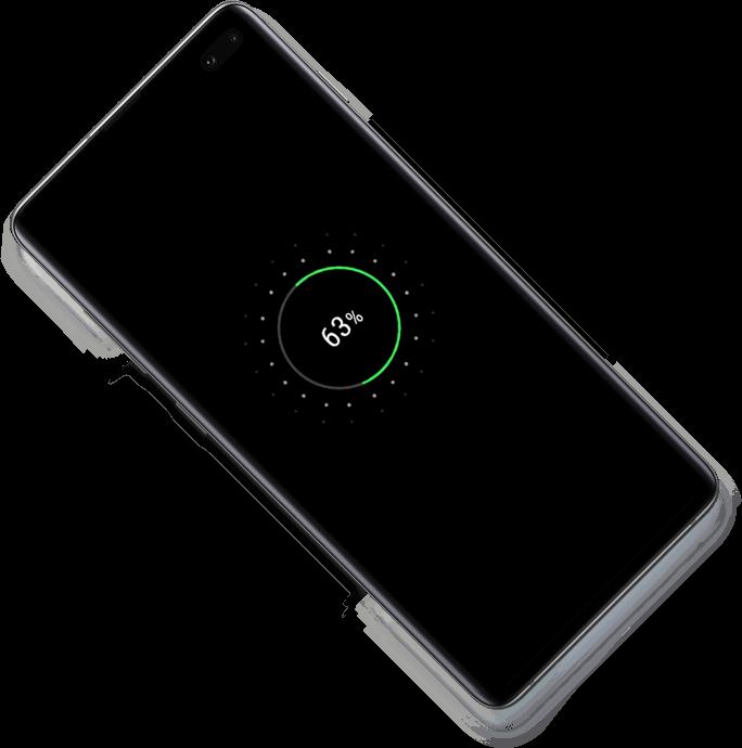 Екран на Galaxy S10 plus, гледан отзад, поставен под ъгъл от 45 градуса. Докато превърташ се появява още един Galaxy S10 plus над първия Galaxy S10 plus и се показва иконата за зареждане, на която се вижда безжично PowerShare споделяне. Като продължиш да превърташ, Galaxy Watch Active се появява и също се зарежда на Galaxy S10 plus.