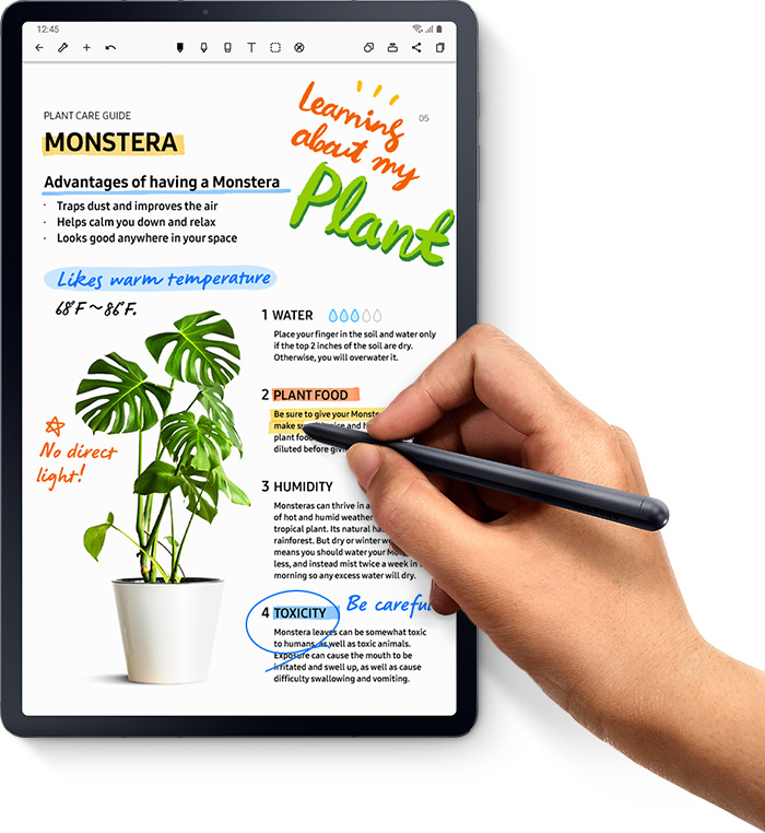 A hand uses S Pen to easily note and mark up a document on Galaxy Tab S7+‎ through the Noteshelf app