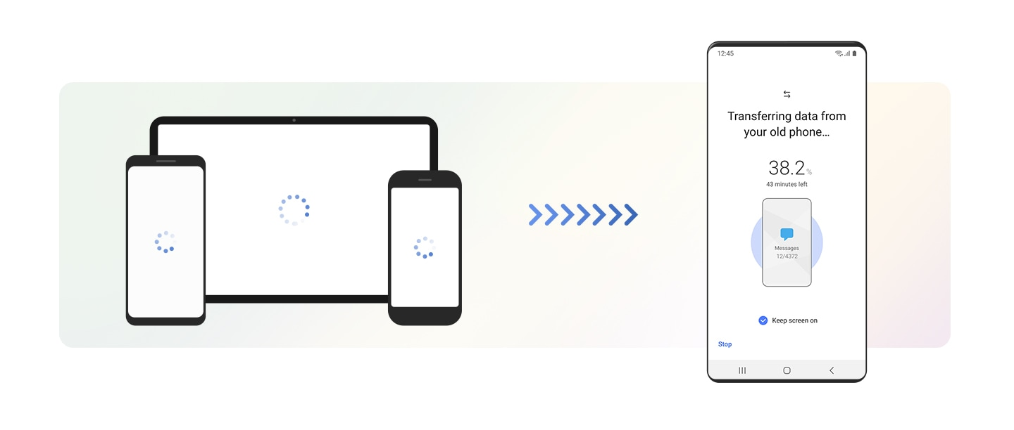 On the left, an illustration of a smartphone shows the loading symbol. Arrows directed toward the new Galaxy device on the right indicate that data is being transferred. The interface of the Galaxy device shows Smart Switch copying data from the old device, with progress indicated in percentage and minutes remaining.
