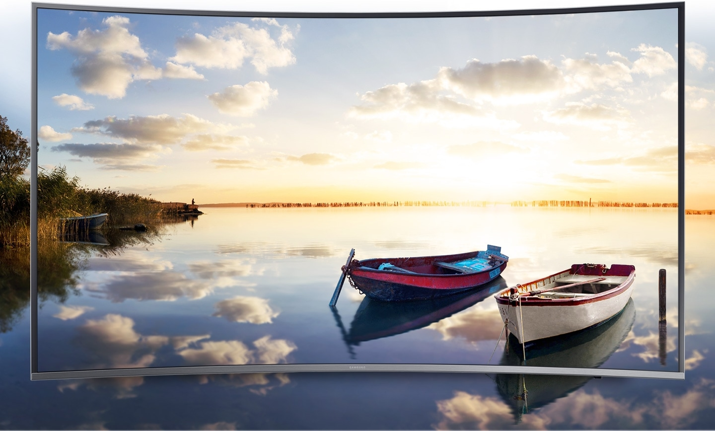 Bright and lively landscape image is on Samsung UHD TV screen..