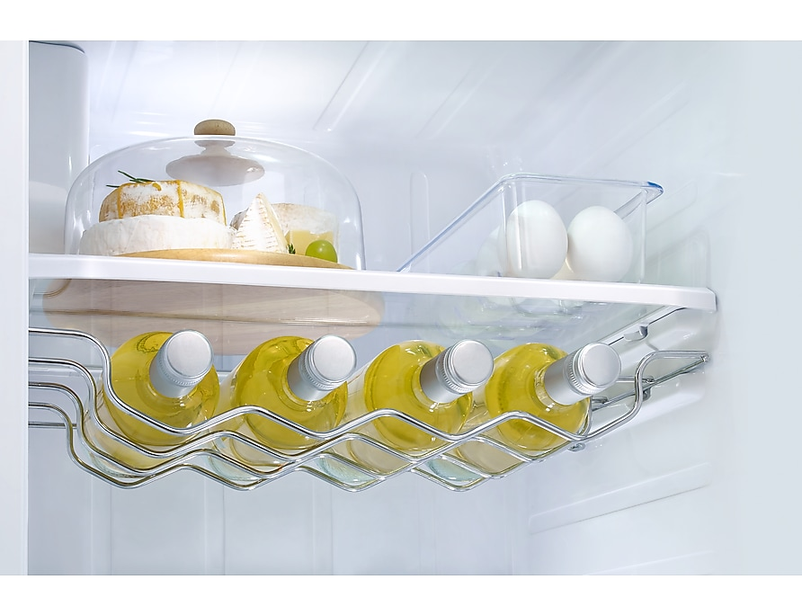 wine-rack-with-wine silver