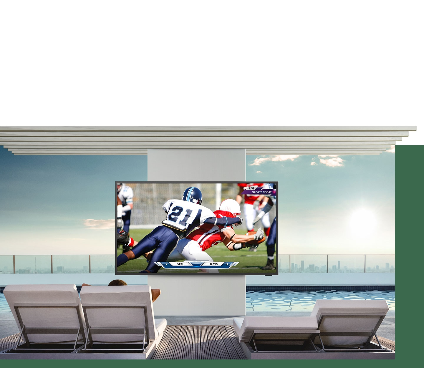 Bright and brilliant—4K QLED outdoor TV