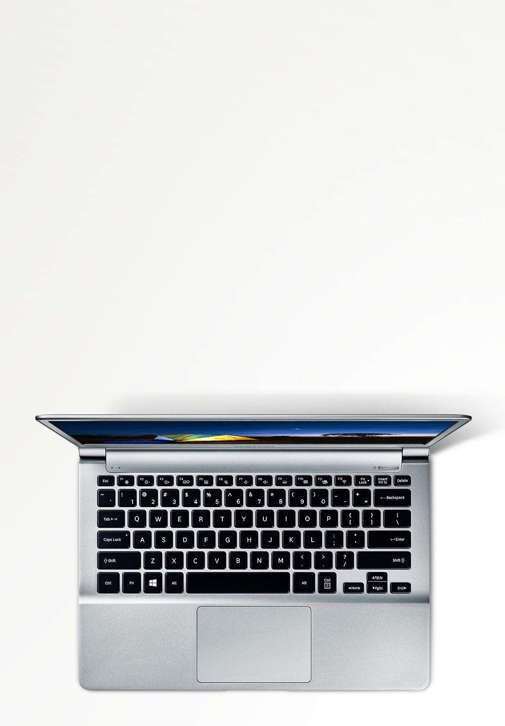 An image showing an aerial view of the Samsung Notebook 9 and an icon indicating it can be used for up to 10 hours.