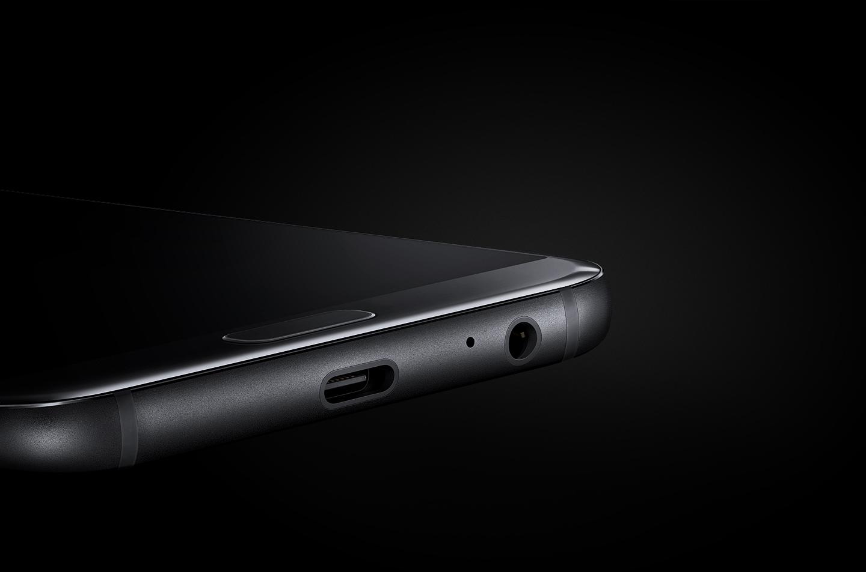Dispositivo Galaxy A y cable micro USB.
