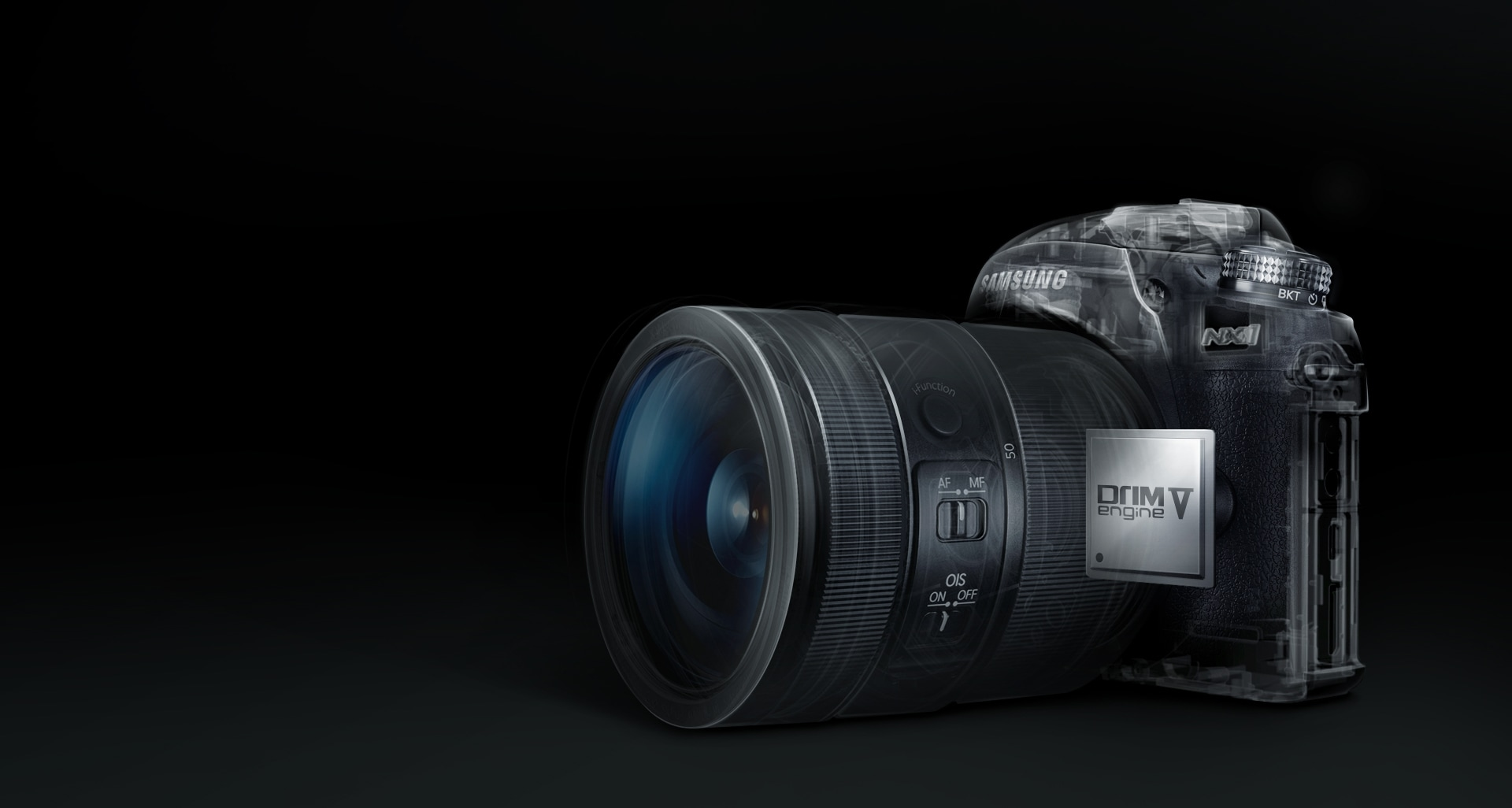 The inner part of the NX1 is shown installed with Samsung's latest image processing technology, the DRIMe V.