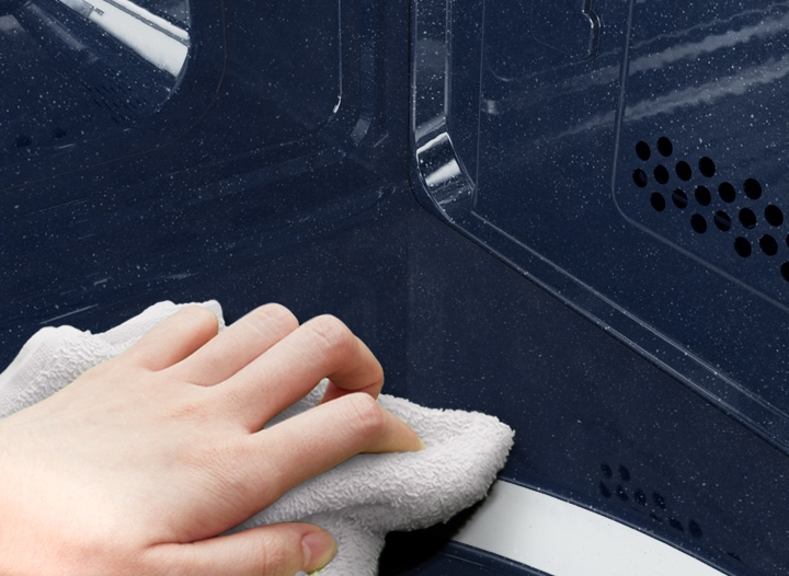 Easy clean interior