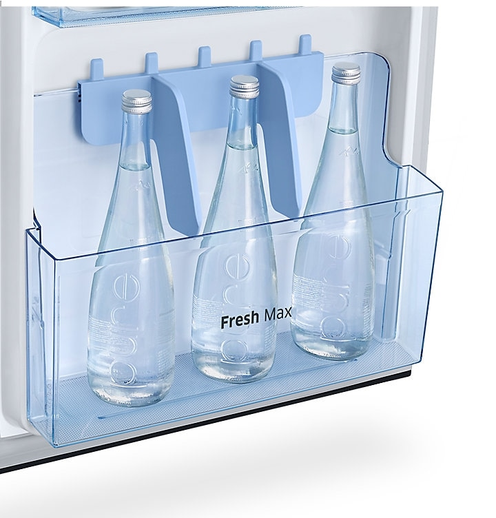 212 litres Fridge with built-in deodorizer