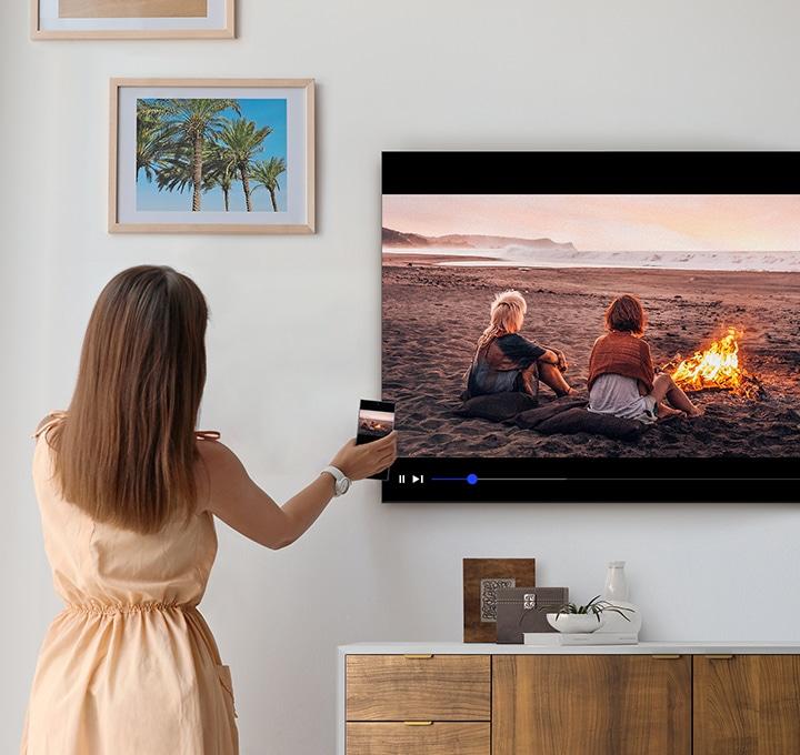 Tocca il TV e attiva la funzione Mirroring