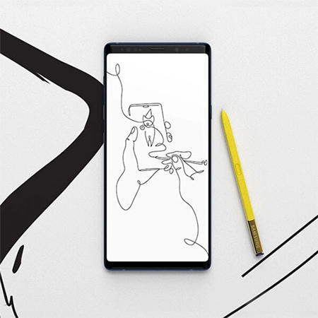 Smartphone screen features an image drawn with the S Pen