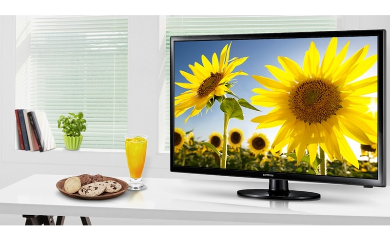 Go slim and digital with a Samsung LED TV