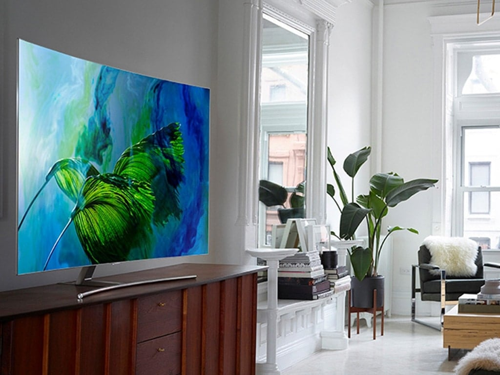 QLED TV lifestyle gallery 02