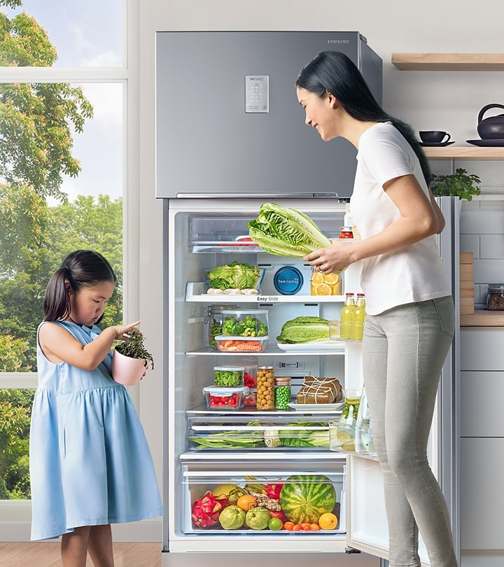 Family using a Samsung Flexible Refrigerator