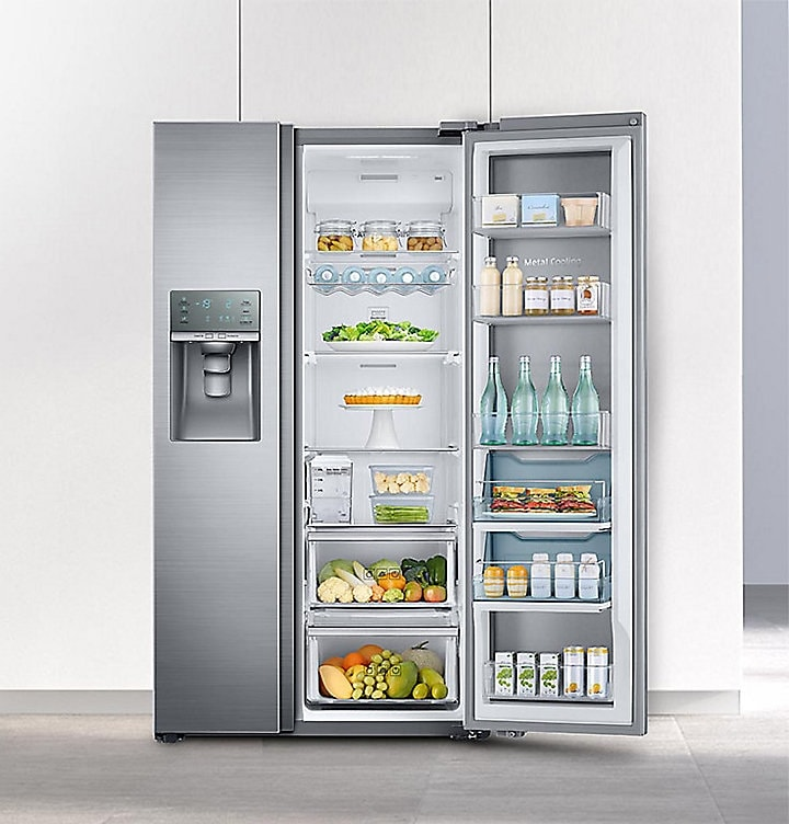 The Side by Side Food Showcase Refrigerator