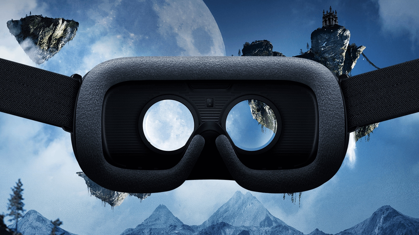 Come in and experience virtual reality with Gear VR