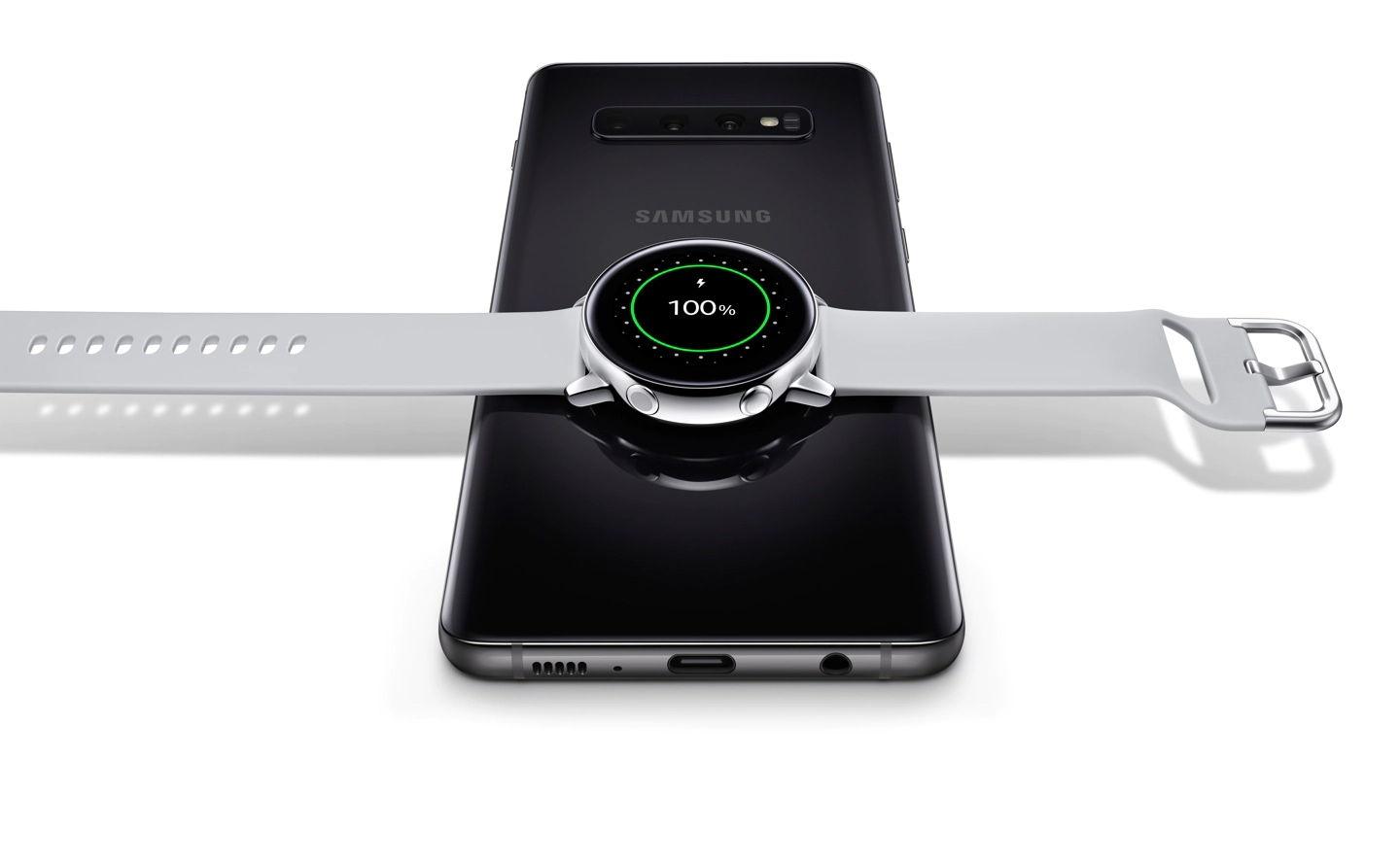 Galaxy Watch Active is placed horizontally on the wireless charger.