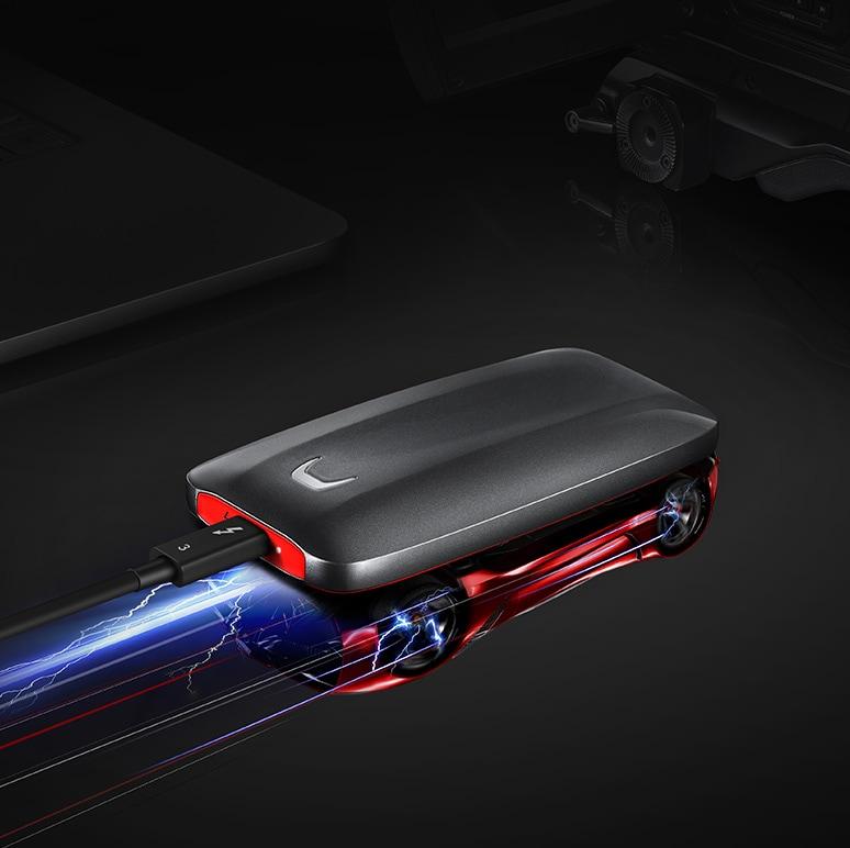 一個X5雷電3接口移動固態硬盤