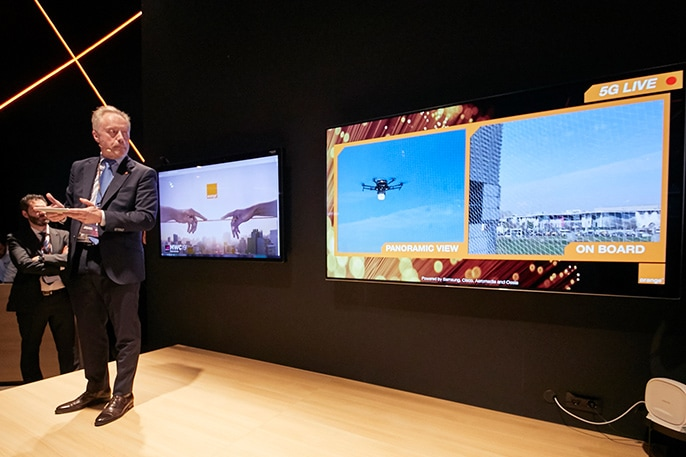 Samsung, Cisco and Orange Demonstrate 5G-Powered Drone and Industrial Robot at MWC19