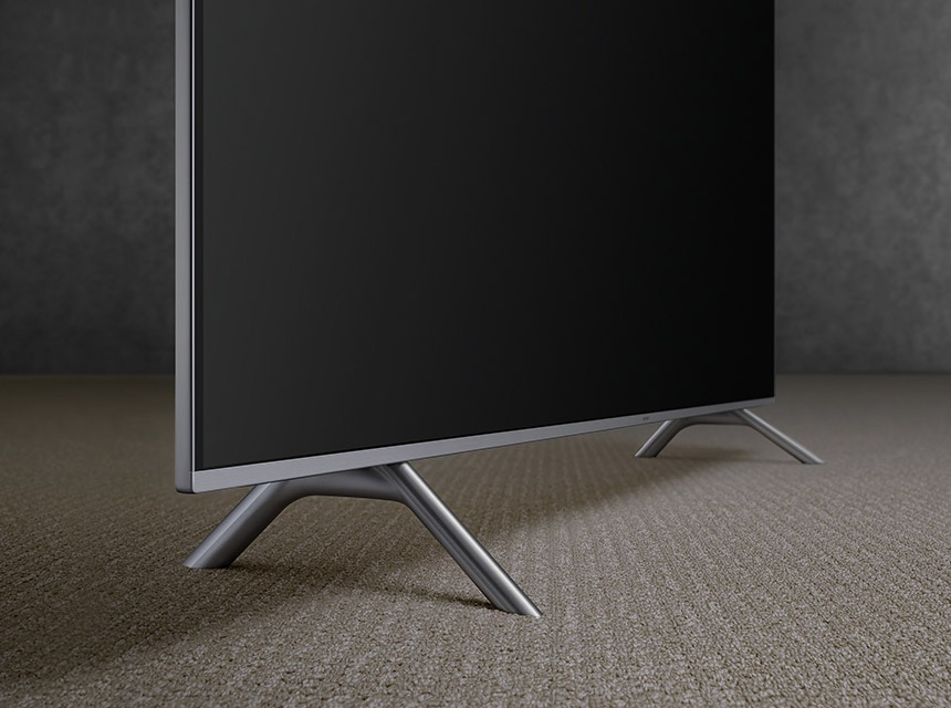 A 45° view of the 2018 new QLED TV Q6F.