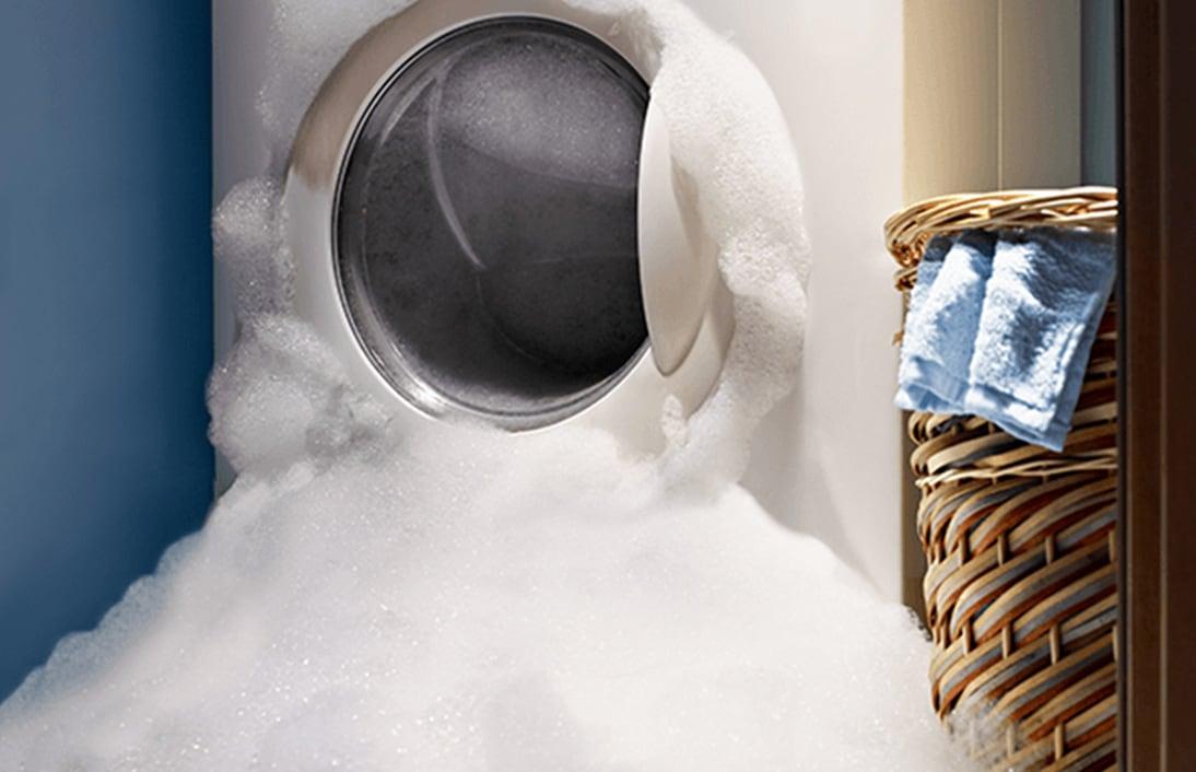 Menggunakan detergen terlalu banyak