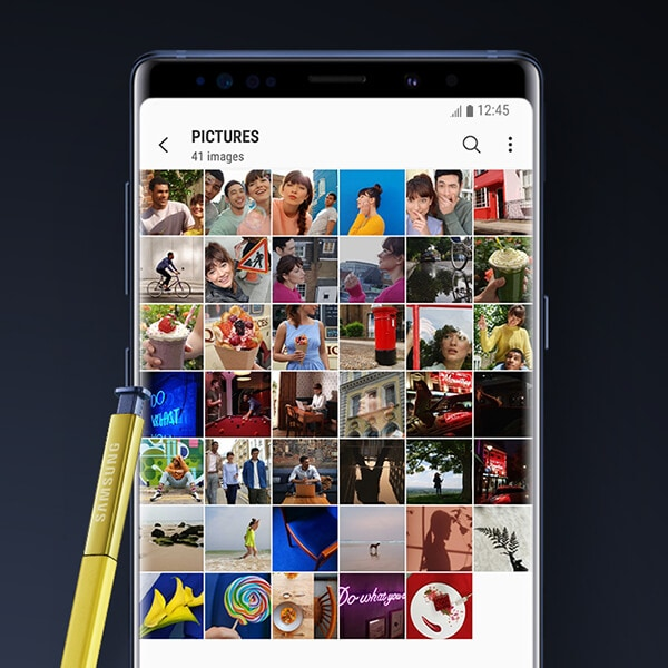 Photo gallery screen on the Galaxy Note9 with S Pen.