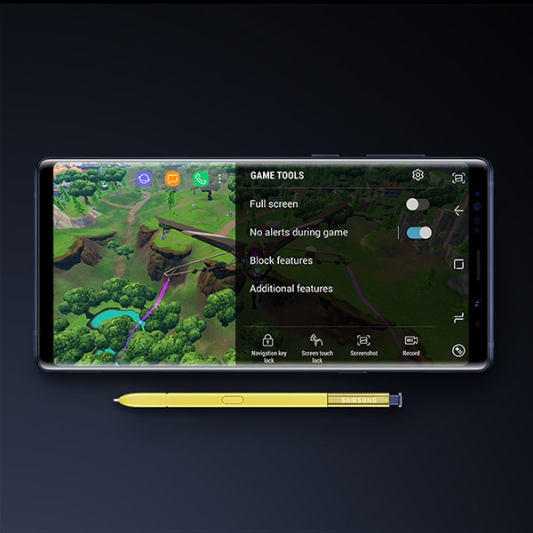 Horizontal game screen on Galaxy Note9 with S Pen.