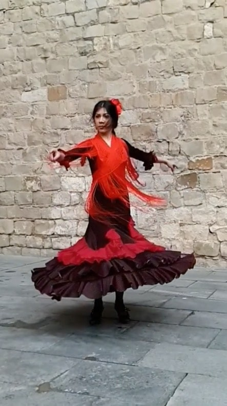 A dancer's twirl captured in Super Slow-mo on the streets of Barcelona