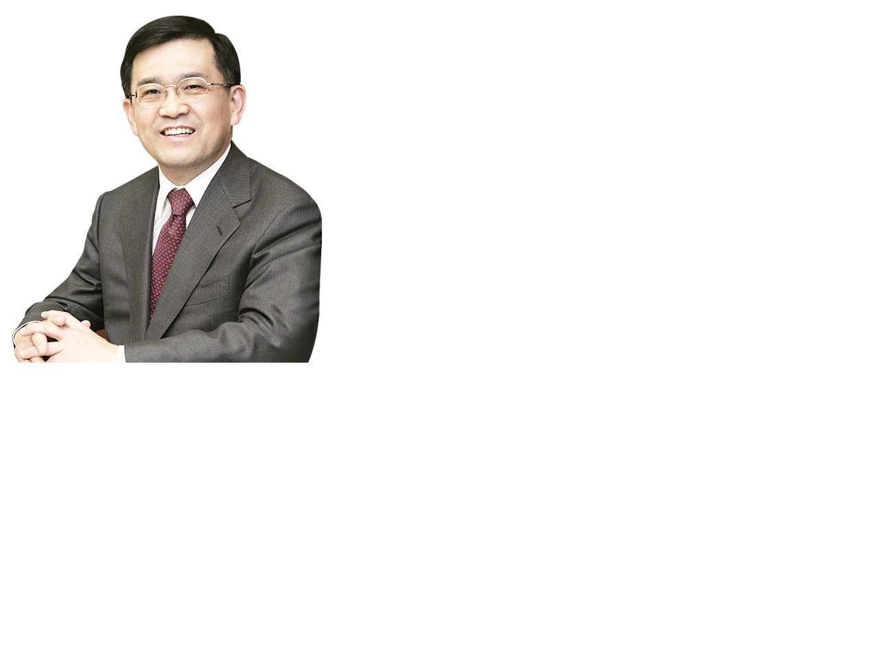 This image is Samsung Electronics' vice chairman. Kwon, Oh Hyun profile picture.