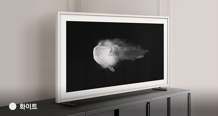 The Frame TV in white bezel doesn't look like a TV. With Samsung The Frame, no more effort to disguise your TV at all.