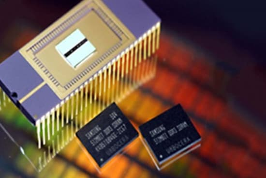 Samsung Semiconductor History, Develops industry's first DDR3 SDRAM in 2005