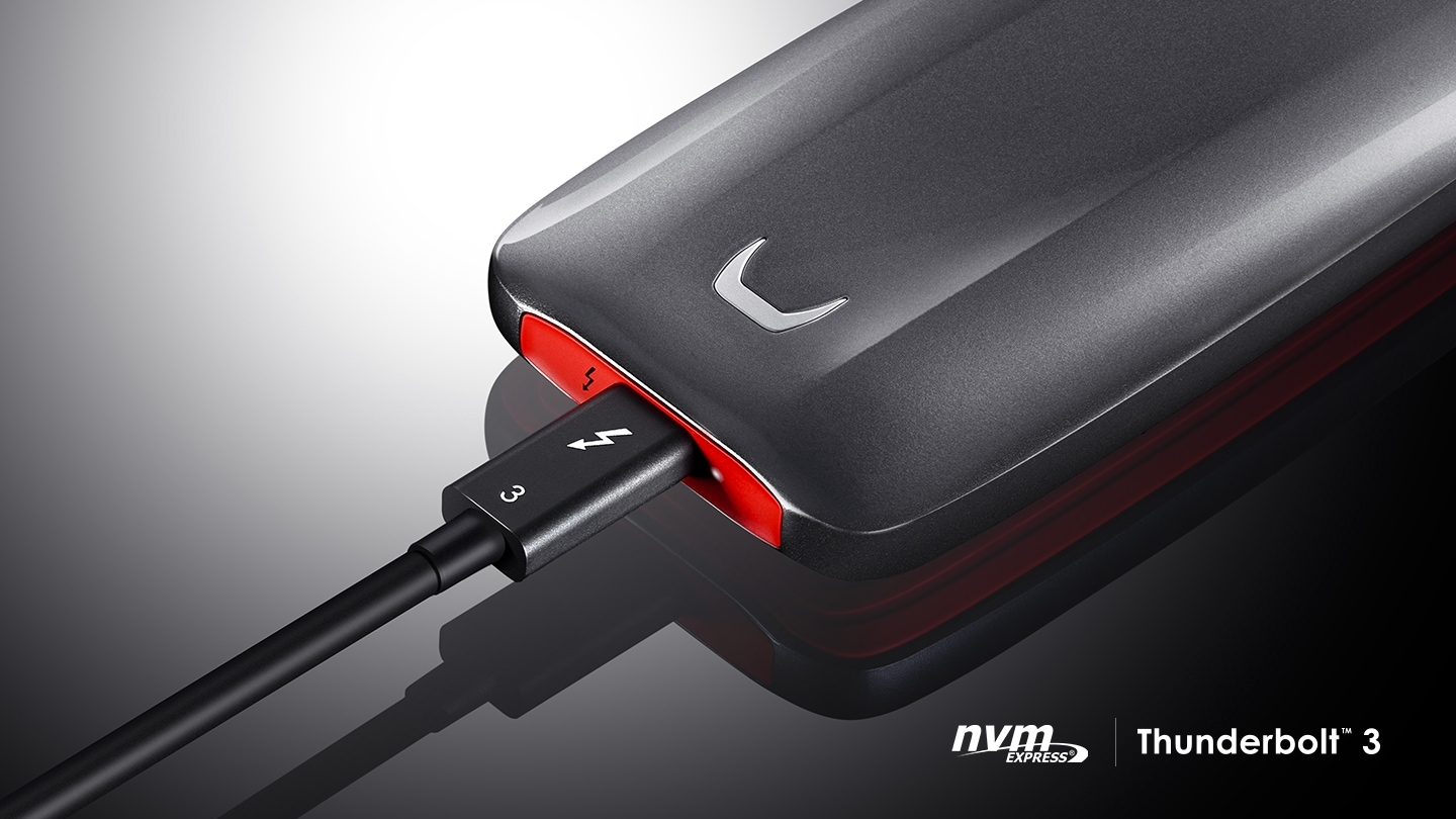Samsung Portable SSD X5 connected to the Thunderbolt™ 3 ports with The NVM Express® and Thunderbolt™ 3 logos.