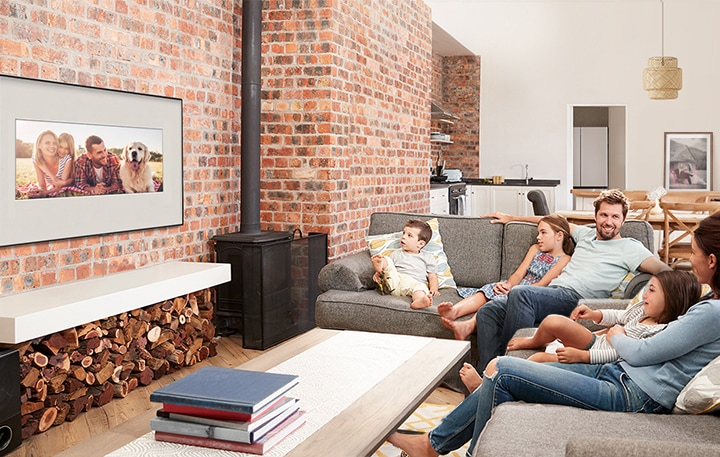 Light Up Your Walls With Treasured Memories Samsung Sg