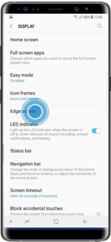 How to customize edge lighting color in Samsung Galaxy Note 8?