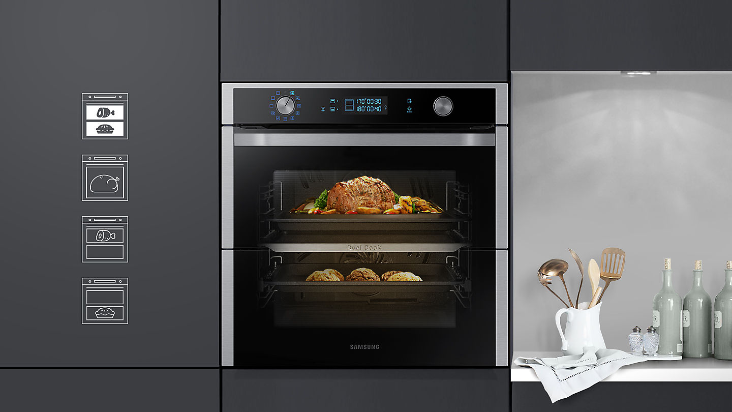 Photo of the Dual Cook Flex oven with a roast cooking in the top oven and a dessert cooking in the bottom oven