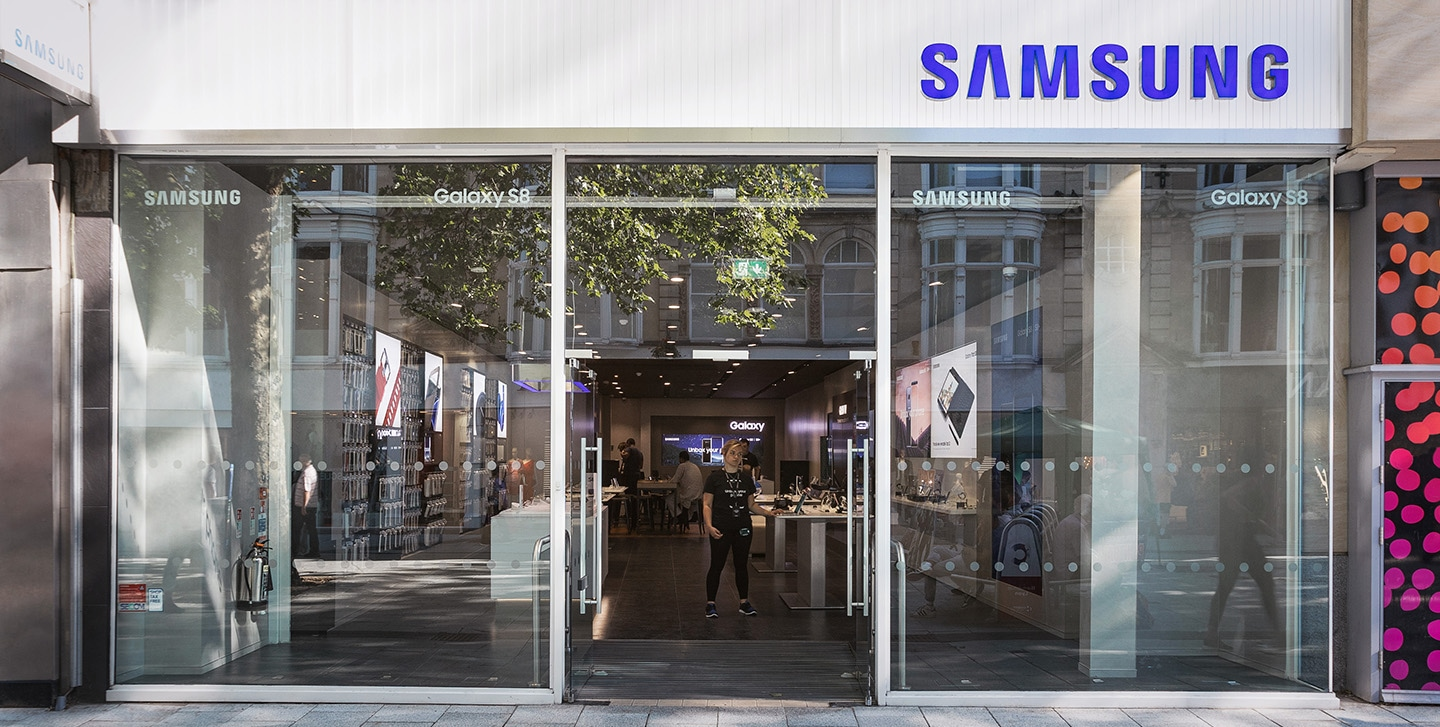 Full view of Cardiff Samsung Experience Store layout