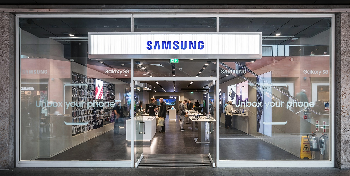 Full view of Liverpool Samsung Experience Store layout