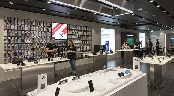 Full view of Norwich Samsung Experience Store layout