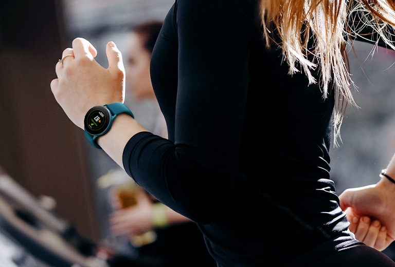 Galaxy Watch Active can automatically detect movement on the treademill.