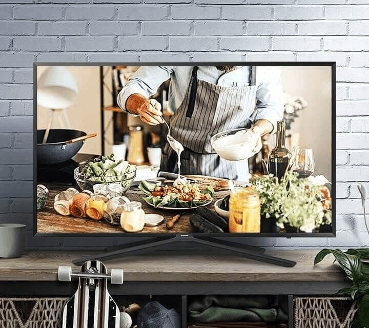 Once you see the high definition of TV with vivid and crisp details, you'll never look back. The Wide Colour Enhancer brings you colours as they were meant to be seen. Our Clean View reduces noise and redefines crystal clear viewing. Watch, play, connect.