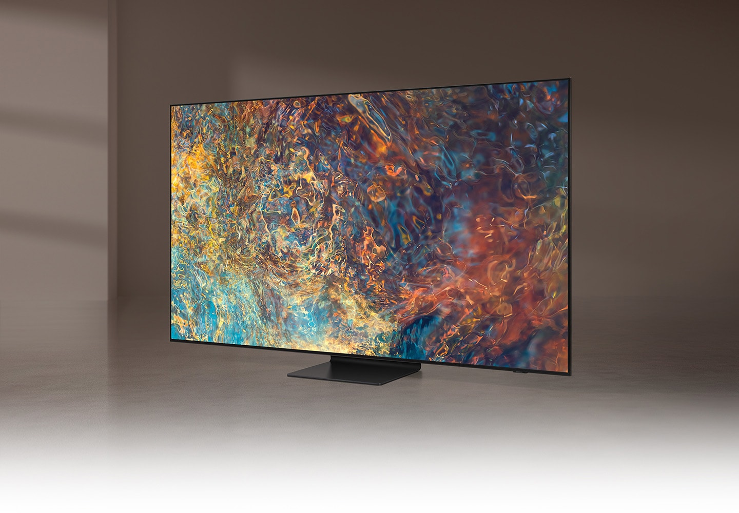 QN90A displays intricately blended color graphics which demonstrate long-lasting colors of Quantum Dot technology.