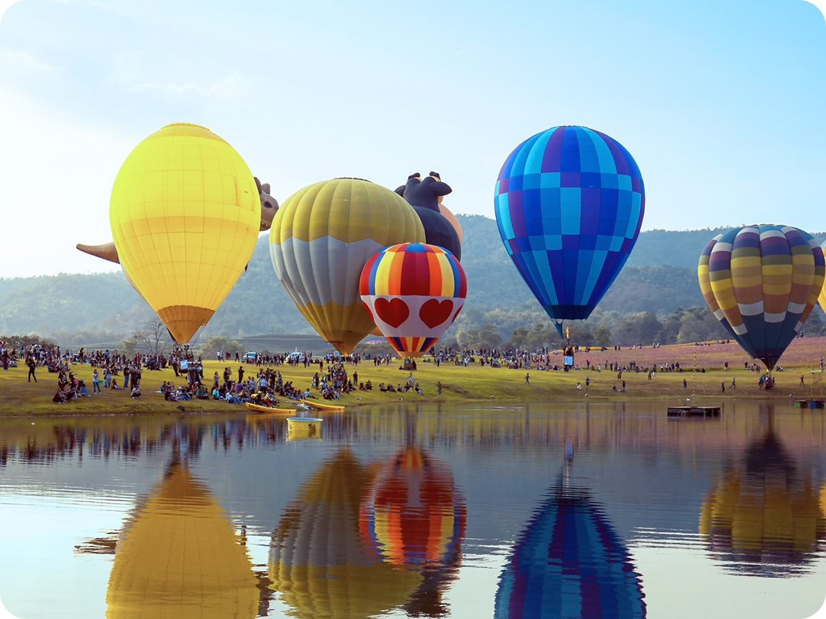 Hot air balloon floating in the sky, indicating that Galaxy A12 can capture a wide picture.