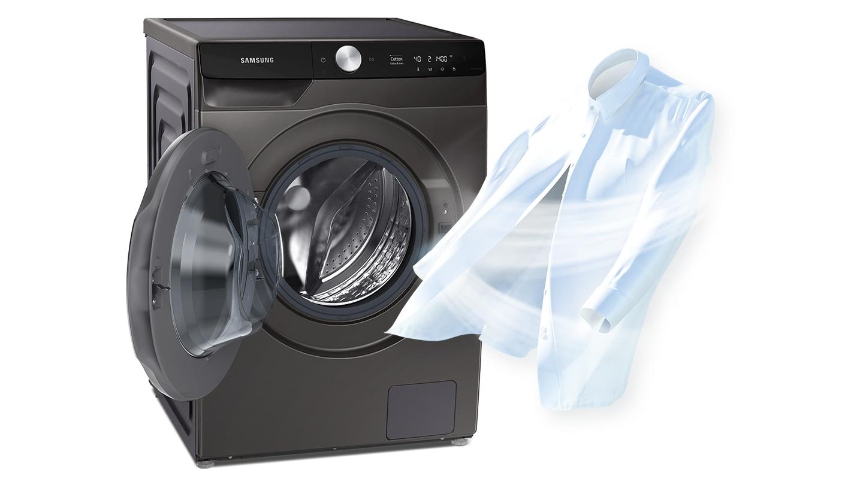 Để thể hiện sự sạch sẽ, một luồng không khí mạnh đang được thổi tới chiếc áo sơ mi trắng, nơi nó đặt cạnh cửa máy sấy đang mở.