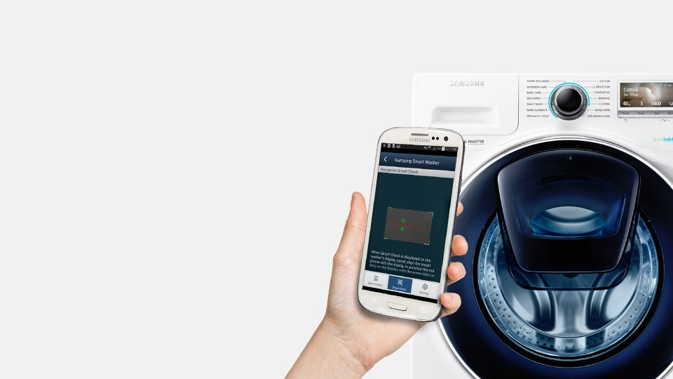 An image showing a user diagnosing washing machine issues on their smartphone next to a WW8500 machine.