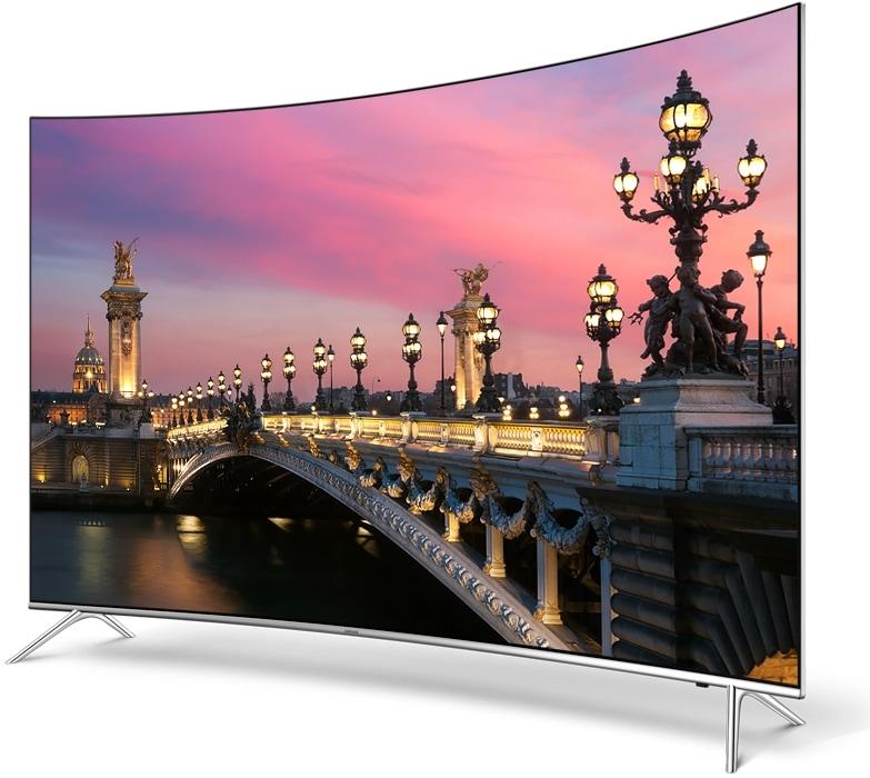 perspetiva direita de uma TV Samsung com uma imagem pouco detalhada de um Canyon no ecrã