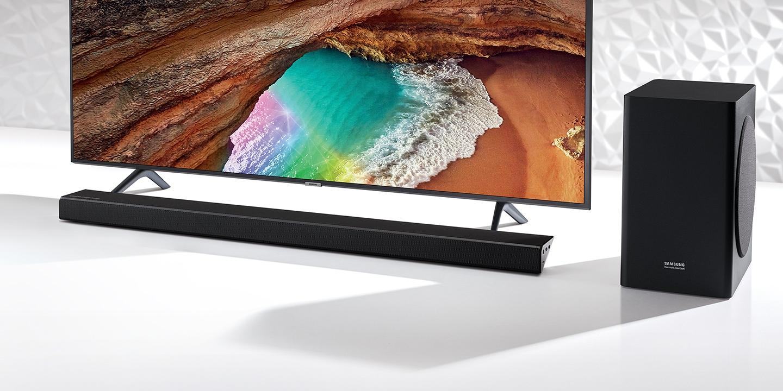 Sunet captivant obținut cu tehnologia Samsung Acoustic Beam și dezvoltat împreună cu echipa Harman Kardon.