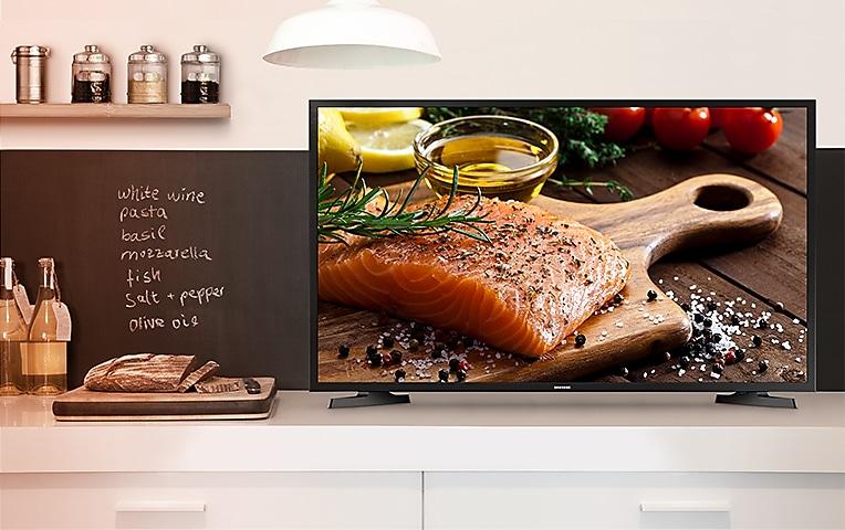 "32"" HD Smart TV N4300 Series 4 lifestyle"