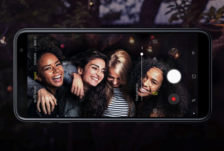 Samsung Galaxy J6+ - Three-Level Front LED Flash helps to Capture Stunning Selfies