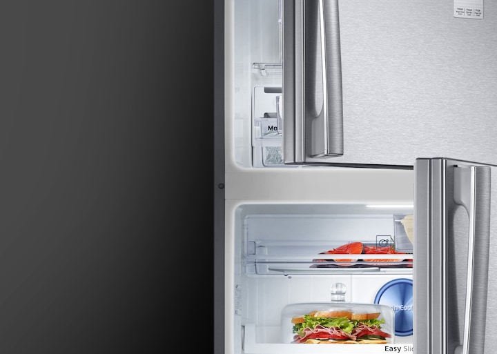 Samsung Twin Cooling Plus Top Freezer Fridge – an image of LED lighting, brighter with better power efficiency