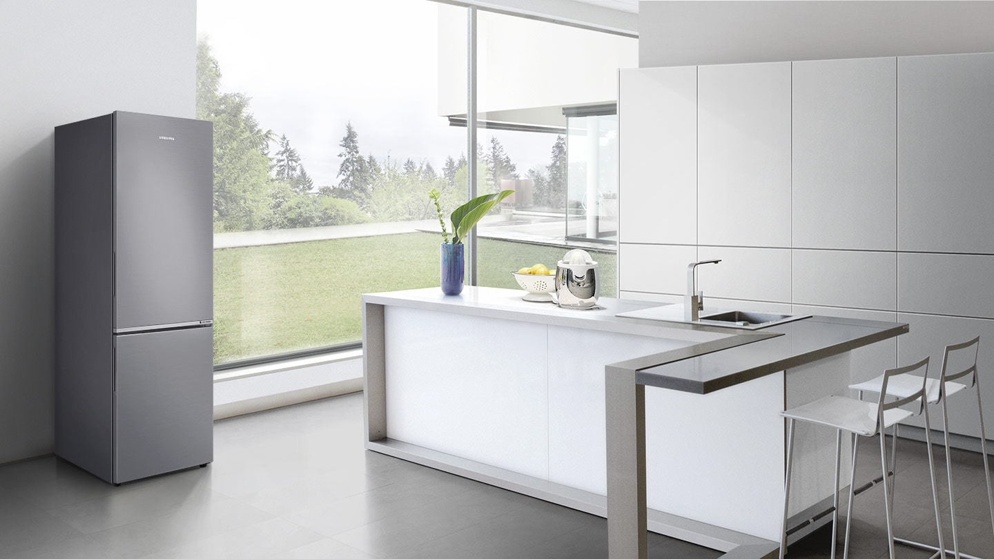 RB30N4050B1/STContemporary design to enhance your kitchen