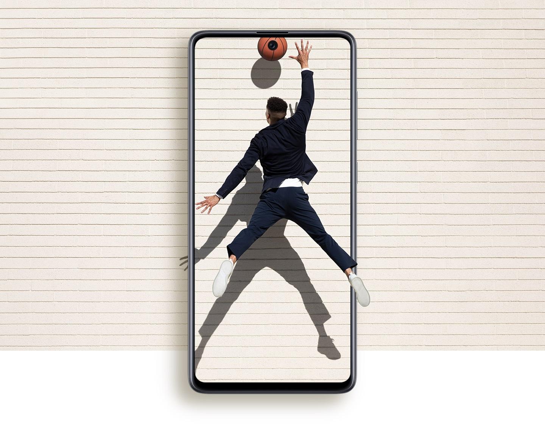 Daha az çerçeve ve daha fazla görüntüleme alanına sahip ekran