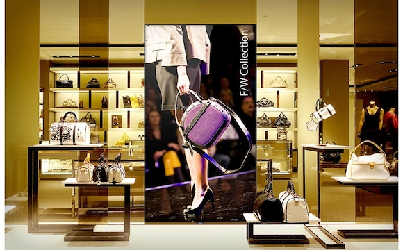 Build an immersive store experience with stunning, life-size displays